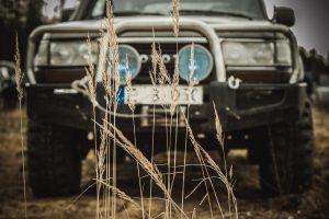 fotografuoja-auto-renginius-visureigis-ir-smiolgos