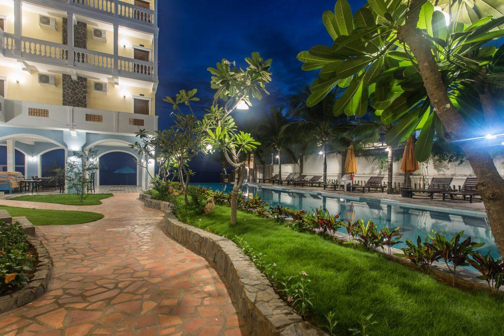 Viešbučio įvaizdinė fotosesija skirta prisistatymui booking.com svetainei, fotografuotas interjeras bei eiksterjeras, bei lifestyle tipo fotosesija. Vietnamas Mui NE