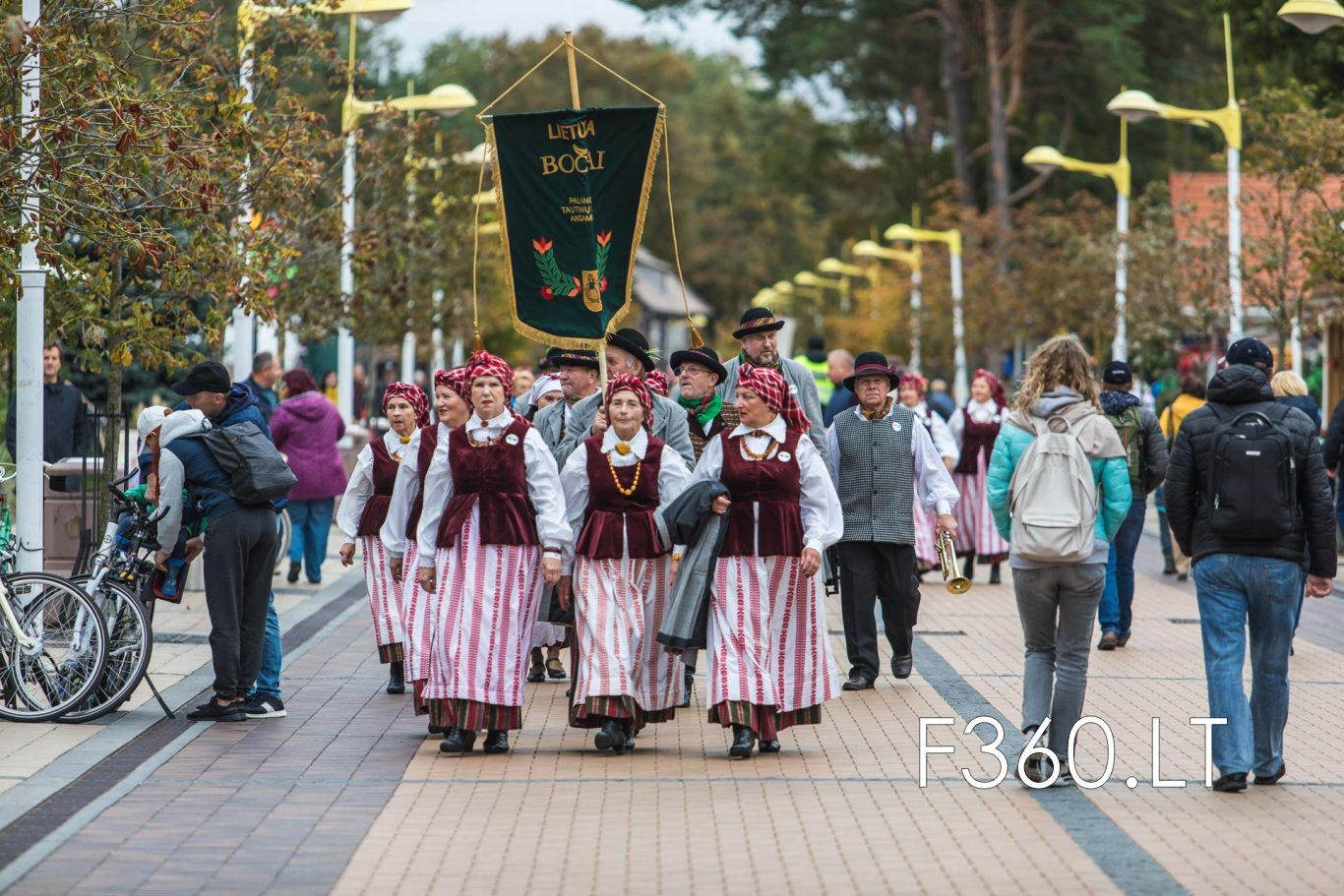 Re807 Tarptautinis Liaudies Sokiu Festivalis 'palangos Miestely' Renginio Fotografai F360.lt 3t4a5343